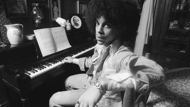 princes-1st-manager-owen-husney-remembers-one-of-the-greatest-artists-of-our-time-audio-1-715x402.png